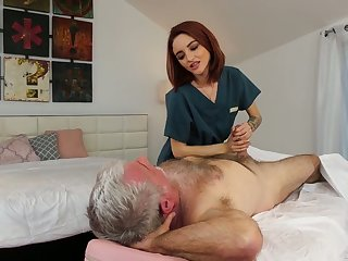 Yummy red-hot haired masseuse Lola Fae gets confirm with old client