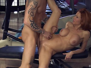 The man's busy dick makes this premium woman to lose her mind