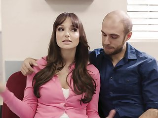 Cheating wife Lexi Luna spreads her legs to be fucked by the doctor