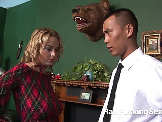 Raw Fucking Sex - Alexis May Goes Be useful to Anal Sex