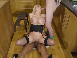 Curvy MILF, insane dwelling threesome in eradicate affect kitchen