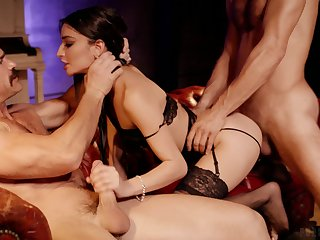 Four determined studs share the fabulous piecing together be worthwhile for Emily Willis