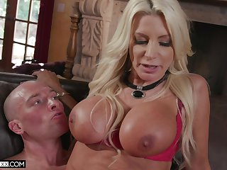 Hardcore fucking yon dramatize expunge living room forth cheating Brittany Andrews