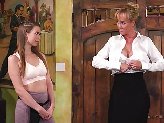 Bossy cougar Brandi Dote on is copulation with kneading girl Jill