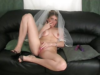 Video be fitting of kinky tie the knot Ashleigh pleasuring her rapturous pussy